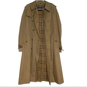 Burberrys London Vintage Classic Tan Trench Coat